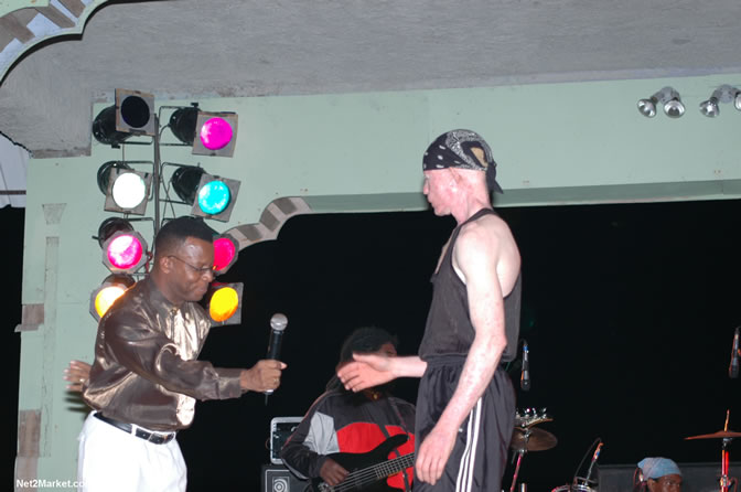 Toots & The Maytals and King of DJ - Yellowman - Also: Vengance - Skull Head - Singing Hanna - Wiskey Bagio and backed by the Hurrican Band - Money Cologne Birthday Bash @ the Samsara Hotel, West End, Negril, Jamaica - Negril Travel Guide, Negril Jamaica WI - http://www.negriltravelguide.com - info@negriltravelguide.com...!