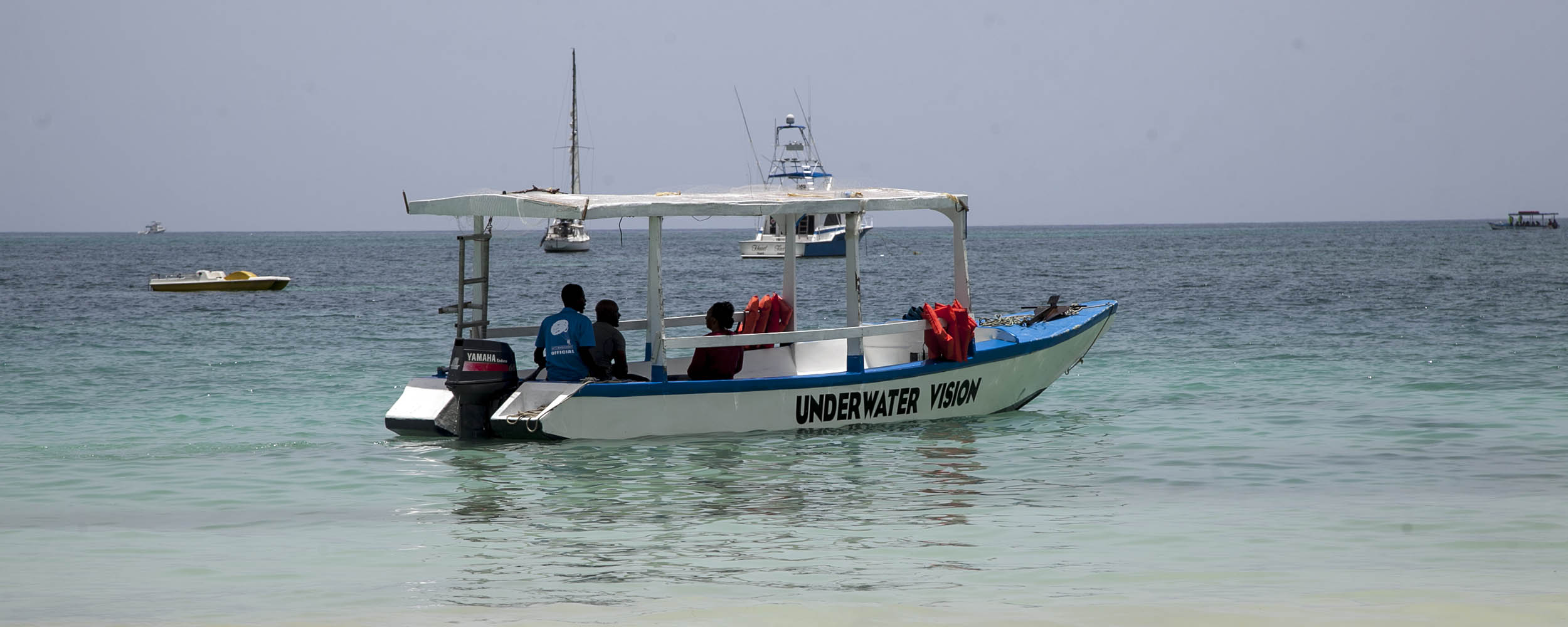 Ray's Water Sports - Glass Bottom Boat - Negril Beach, Negril Jamaica